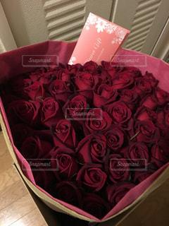 50本の薔薇の写真・画像素材[1103795]