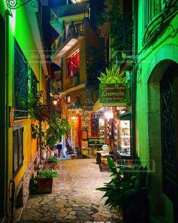 イタリアの繁華街の写真・画像素材[3260913]