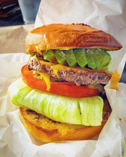 ハンバーガーの写真・画像素材[3261290]