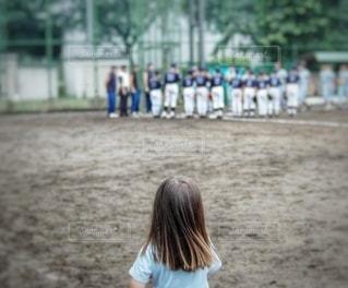 小さな女子マネの写真・画像素材[3407468]