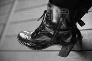 黒い靴の一足の写真・画像素材[3333449]