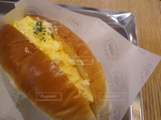 たまごサラダのパンの写真・画像素材[3285894]