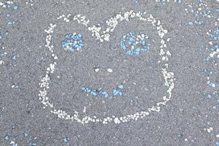 岐阜県下呂市 下呂温泉の道に描かれたかえるの写真・画像素材[3977859]