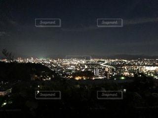 夜の都市の眺めの写真・画像素材[3279279]