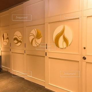 オシャレな壁の写真・画像素材[3376178]