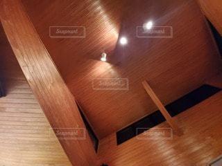 硬い木の床のクローズアップの写真・画像素材[3288134]