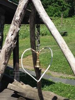 木製のベンチの写真・画像素材[3306135]