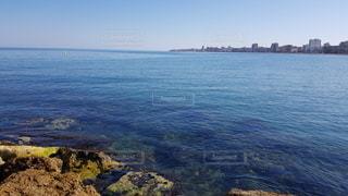 穏やかな海、地中海の写真・画像素材[3335606]