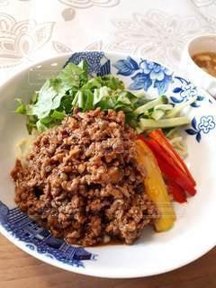 ジャージャー麺の写真・画像素材[3308264]