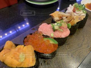 回転寿司で小腹対策の写真・画像素材[4158983]