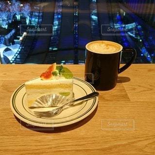 夜カフェの写真・画像素材[3345036]