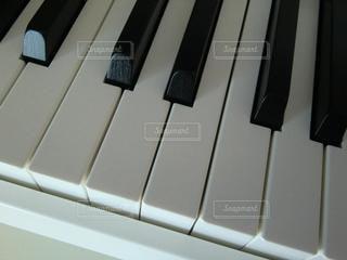 ピアノのクローズアップの写真・画像素材[3354517]