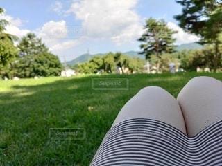 脚と公園の写真・画像素材[3637642]