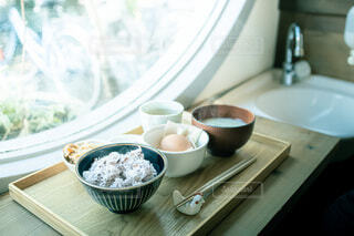 カフェの朝ごはんの写真・画像素材[3680180]