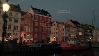 北欧の夜の写真・画像素材[3378393]