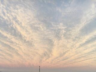 空の雲の群の写真・画像素材[4324107]