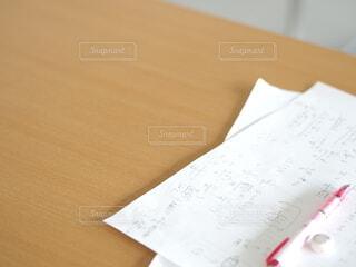 紙の片をクローズアップするの写真・画像素材[3691476]