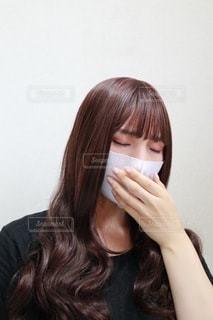 マスクをしている女性の写真・画像素材[3635945]