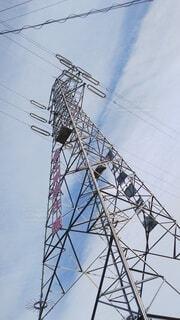 鉄塔を見上げるの写真・画像素材[3702795]