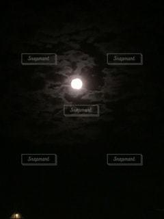 夜空と夜景の写真・画像素材[146297]