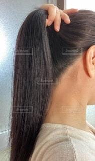 白髪チェックの写真・画像素材[4055727]