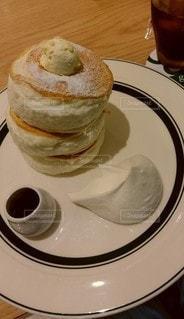 ふわふわのパンケーキの写真・画像素材[3424469]