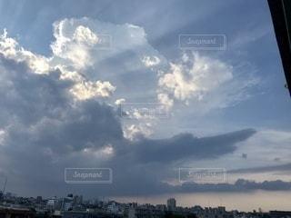 空の雲の写真・画像素材[3572357]