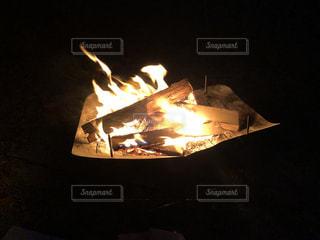 焚き火は楽しいの写真・画像素材[3433689]