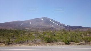 雪山と道路の写真・画像素材[3443922]