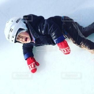 初めてのアイススケートの写真・画像素材[3440558]