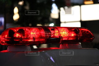 パトカー 新宿 赤色灯の写真・画像素材[3466414]