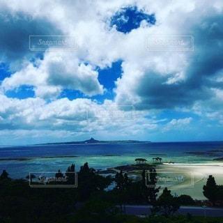台風前の海の写真・画像素材[3472279]