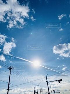 飛行機雲の写真・画像素材[3969110]