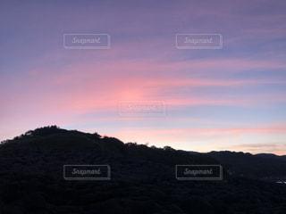 朝の山の写真・画像素材[3513636]