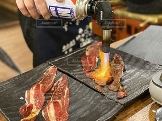 炙り肉寿司の写真・画像素材[3472412]