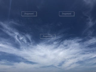 シンプルな青空の写真・画像素材[3501646]