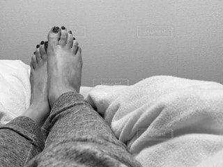動きのない足の写真・画像素材[3717730]