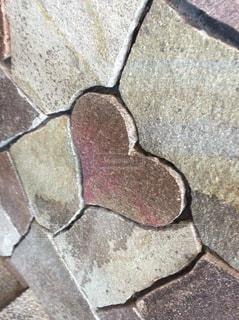 ハートの石の写真・画像素材[3508134]
