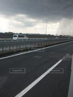 雨柱の写真・画像素材[3485669]