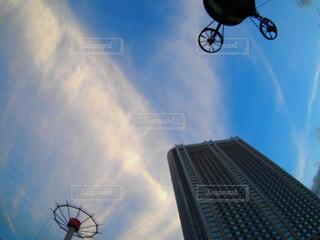 空と建物の写真・画像素材[3723038]