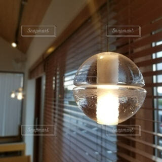 カフェの灯りです。の写真・画像素材[3717814]