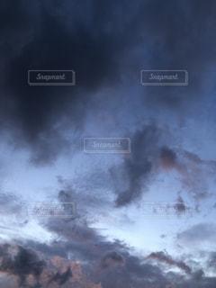 空の雲の群の写真・画像素材[3542258]