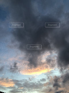 空の雲の写真・画像素材[3542269]