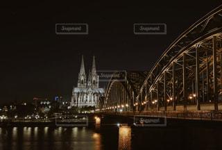 ケルン大聖堂を水域にの写真・画像素材[3539845]