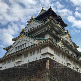 2016年3月 大阪城を見上げるの写真・画像素材[3677794]