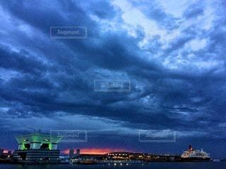 横浜の夕焼けの写真・画像素材[3643803]