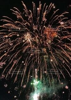 サプライズ花火の写真・画像素材[3955663]
