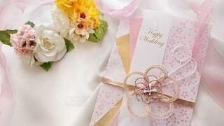 ピンクのご祝儀袋の写真・画像素材[3719363]