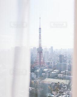 窓から見る東京タワーの写真・画像素材[4114504]