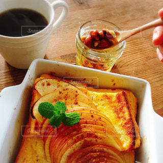 コーヒー,朝食,テーブル,フレンチトースト,りんご,ハチミツナッツ